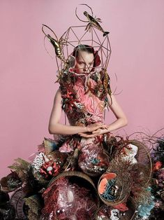 Tim Walker and the collaboration with clothing brand Zara has blown me away. I love the opulent fairytale universe he always creates - have a look: