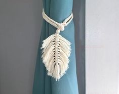 Macrame Feather Curtain Tiebacks, Nautical Curtain Holders, Boho Style Curtain T. Nautical Curtains, Boho Curtains, Macrame Curtain, Nursery Curtains, Colorful Curtains, Macrame Design, Macrame Art, Macrame Projects, Macrame Modern