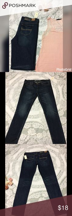 NWT Forever 21 straight leg denim Straight leg forever 21 denim. 30x32 with Slight distressed or washed look. Please check out my closet as I offer a 20% discount for bundling 2 or more! Forever 21 Jeans Skinny