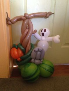 Boo!!Ghost balloon art!