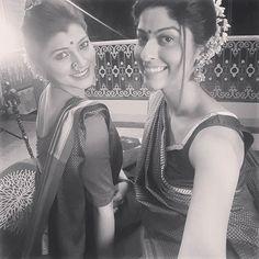 #APITConnect - Happy Owners ! #sareelove #photoshoot #selfie #brands #clothing #tejadnyafamily #sneakpeek #tejaswinipandit #abhidnyabhave by Tejaswini Pandit http://bit.ly/1OaBiXR