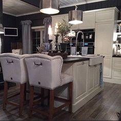 Kitchen Dream Kitchen, Kitchen Decor, House, Dream Decor, Cozy Kitchen, Home Decor, Horse Room, New Homes, Home Remodeling