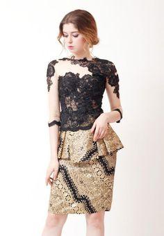Model Baju Batik Gamis Kebaya Lace, Kebaya Dress, Batik Kebaya, Dress Pesta, Model Kebaya Modern, Kebaya Modern Dress, Blouse Batik, Batik Dress, Kimono