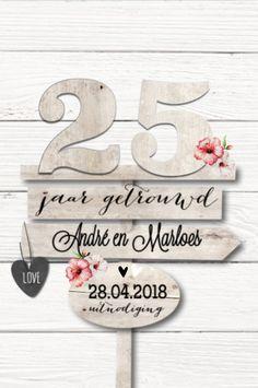 LOVZ | Romantisch uitnodiging huwelijksjubileum - 25 jaar getrouwd | hout en bloemen