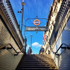 Another stunningly sunny day in SW1A. 🇬🇧 #westminster #westminsterstation #underground #londonunderground #london #autumn #october