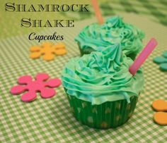 The BEST Shamrock Shake Cupcakes Recipe!