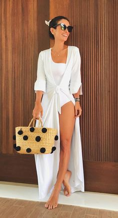 All White Party Outfits, Cute Casual Outfits, Cute Summer Outfits, Beachwear Fashion, Beach Dresses, Ideias Fashion, Swimsuits, Glamour, Fashion Outfits
