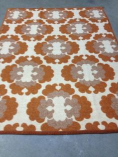 en-inrichting/stoffering-tapijten-en-kleden/m912881804-kleed-wol-bruin ...