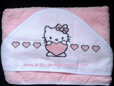 Toalha de Banho com Capuz - Hello Kitty com Corações