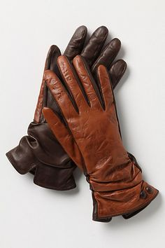 Gloves for driving, comfortable, flexible Summer Accessories, Women Accessories, Fashion Accessories, Gants Vintage, Mitten Gloves, Hand Gloves, Leather Gloves, Fashion Bags, Shoe Boots