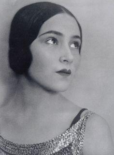 Tina Modotti: Dolores del Rio, 1925