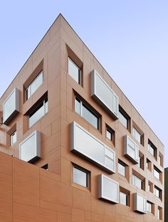 Office and Retail Building / Athens / Greece |  Architect: Potiropoulos D+L Architects