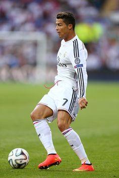 Real+Madrid+v+Sevilla+FC+V_YXHK2VkQnx.jpg (683×1024)