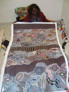 love the circular motifs with the irregular horizon lines. Must practice french… Aboriginal Painting, Aboriginal Artists, Aboriginal People, Dot Painting, Arte Tribal, Tribal Art, Kunst Der Aborigines, Aboriginal Culture, Australian Art