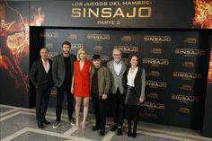 "Jennifer Lawrence en ""Mockingjay 2"": Katniss no es menos fuerte por ser madre  http://www.elperiodicodeutah.com/2015/11/cine/jennifer-lawrence-en-mockingjay-2-katniss-no-es-menos-fuerte-por-ser-madre/"