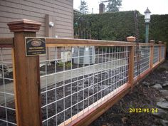 """""""Hog Panel"""" fencing for the front yard...since we already have a bunch"""