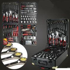Diverse werkmaterialen, gereedschapskoffers, keuken benodigdheden, enz.   -- Liedekerke -- 01/09-15/09