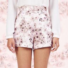 New LC LAUREN CONRAD Runway Collection Size: 2-4 Floral Jacquard Shorts #LCLaurenConradRunway #DressShorts