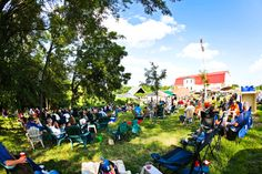 Enjoy live music and wine at Summerset Winery.