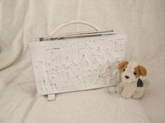 VINTAGE FRENCH COUNTRY SHABBY CHIC white painted metal embossed MAGAZINE RACK