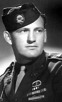 "RIP Lynn ""Buck"" Compton.   Every day we are losing the best of us. He was a part of the original airborne infantry that dropped in WWII as a Band of Brother, a true legend!"