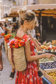 Barefoot Blonde - Amber Fillerup pretty girl aesthetic Annecy Farmer's Market - Barefoot Blonde by Amber Fillerup Clark Style Outfits, Summer Outfits, Dress Summer, Summer Hats, Casual Outfits, Estilo Street, Pretty Blonde Girls, Amber Fillerup, Barefoot Blonde