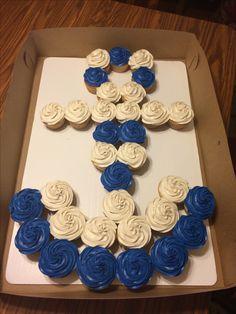 Anchor cupcake cake