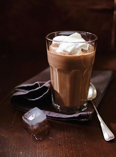 Café glacé au chocolat (<i>Shokolad-Gliase</i>)