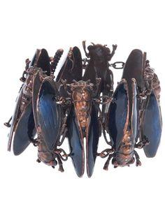 vernissageproject - imperial moth bracelet - Bracelet Vernissageproject avec empiècements en forme de papillons de nuit en argent, rehaussés d'émail et de diamants.