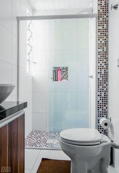 Banheiro reformado à distância. Fotos publicadas na revista MINHA CASA.