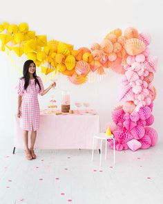 Ombre Honeycomb Waterfall Arch