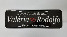 """Placa de carro adesivada confeccionada em alumínio """"SEM ALTO RELEVO"""" no tamanho 12x36 cm e pintada com tinta automotiva."""