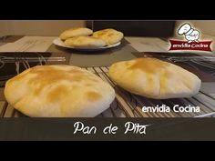 Luz Mary Zapata shared a video Pan Bread, Bread N Butter, Bread Baking, Shawarma, Cooking Videos, Meatless Monday, Sin Gluten, Diy Food, Cornbread