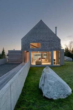 Martin-Lancaster house, MacKay Lyons Sweetapple Architects | TheArchHive