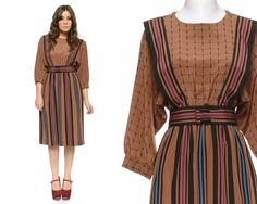 @Commandress Fashion Flashback - Vintage 1980s Belted Dress