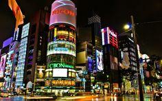 Tokyo-Street-Corner-At-Night