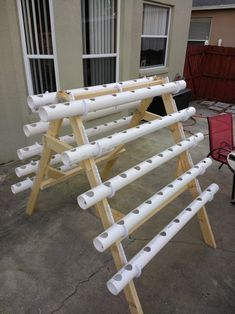 Aquaponics DIY Pvc System - Critical Elements In Aquaponics Plants - Appont Aquaponics System, Hydroponic Farming, Backyard Aquaponics, Aquaponics Plants, Diy Hydroponik, Easy Diy, Home Tools, What Is Need, Plant Growth
