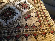 Cross Stitches, Cross Stitch Embroidery, Bohemian Rug, Rugs, Decor, Embroidery, Farmhouse Rugs, Dekoration, Decoration