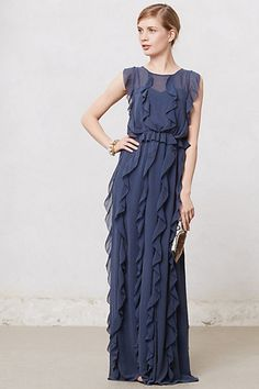 Simple and ruffle maxi dress