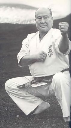 MAS OYAMA.....1923...1994...KYOKUSHINKAI...PARTAGE OF SAMURAI ON FACEBOOK.....