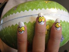 Sofie has little chickens on her nails