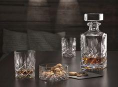 Nachtmann Noblesse Tumbler glazen L - 4 st. Noblesse, Gin, Whiskey, Tumbler, Coffee Maker, Perfume Bottles, Kitchen Appliances, Table Decorations, Crystals