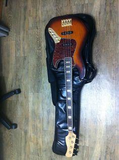 Dame V900 Jazz Bass