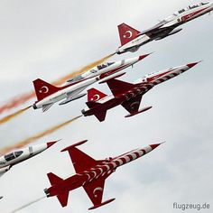 Turkish Stars (Türk Yıldızları) - aerobatic demonstration team of the Turkish Air Force