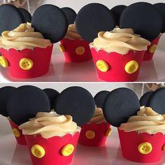 #cupcakes #mickey #festamickey #mickeyparty #festainfantil #festejar #umbocadinhodeideias #festadecrianca #festadeluxo #receberemcasa #garimpandomimos #encontrandoideias #festaviva