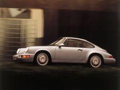 1988 fue el año que vio la llegada del Porsche 911 Carrera 4, uno de los grandes clásicos de la línea.