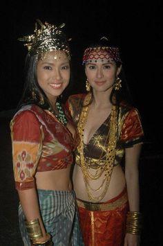 Binukot or ancient Filipina maidens.