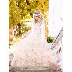 Beige prinsesse balkjole med krystal overdel
