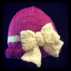 Ravelry: Chunky Baby Hat with Bow pattern by Jen Piper
