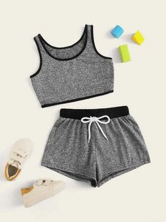 Apr 2020 - Girls Contrast Binding Tank Top & Drawstring Waist Shorts Set – Kidenhouse Sporty Outfits, Cute Outfits For Kids, Cute Casual Outfits, Outfits For Teens, Stylish Outfits, Emo Outfits, Batman Outfits, Formal Outfits, Fandom Outfits
